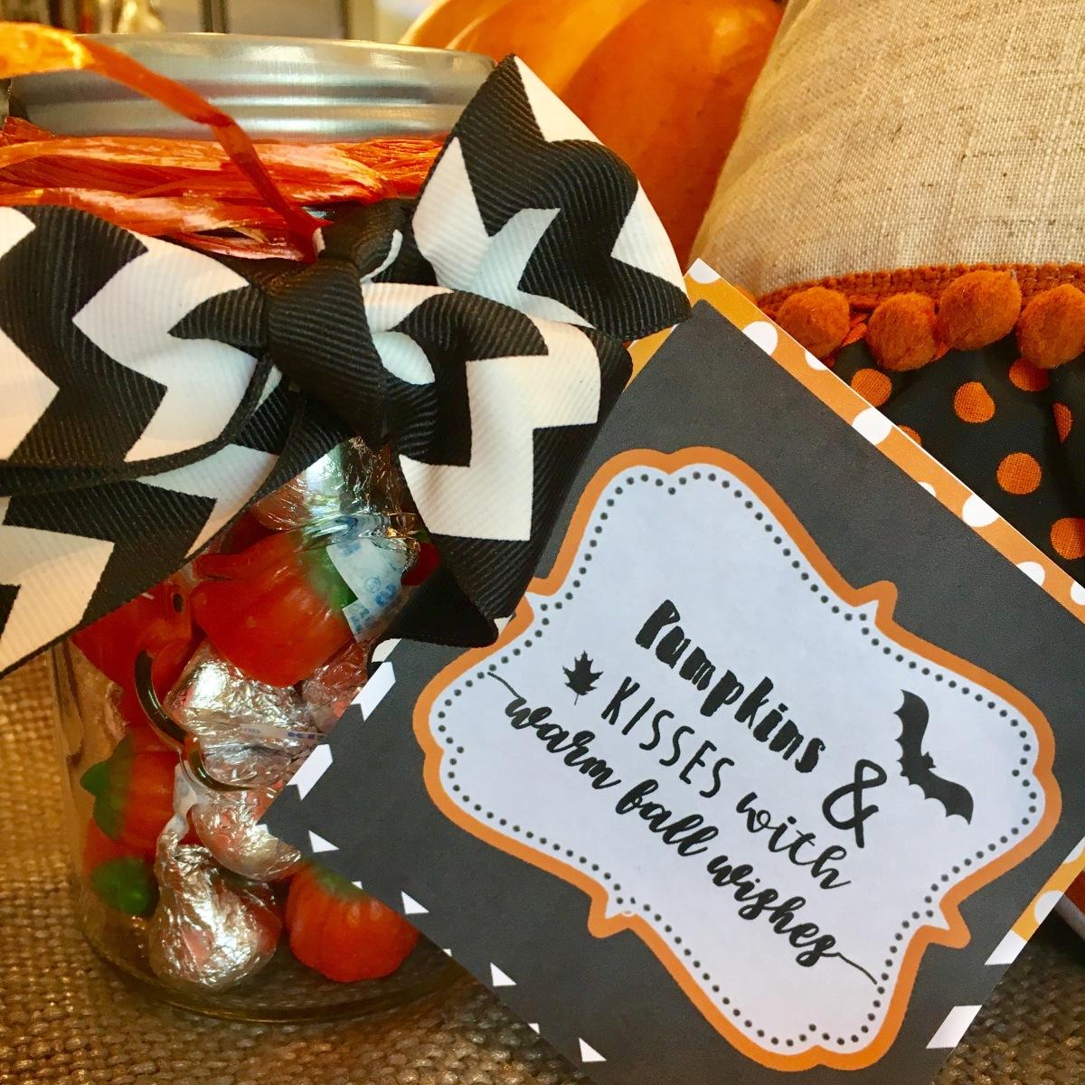 Free Pumpkins & Kisses HalloweenPrintable