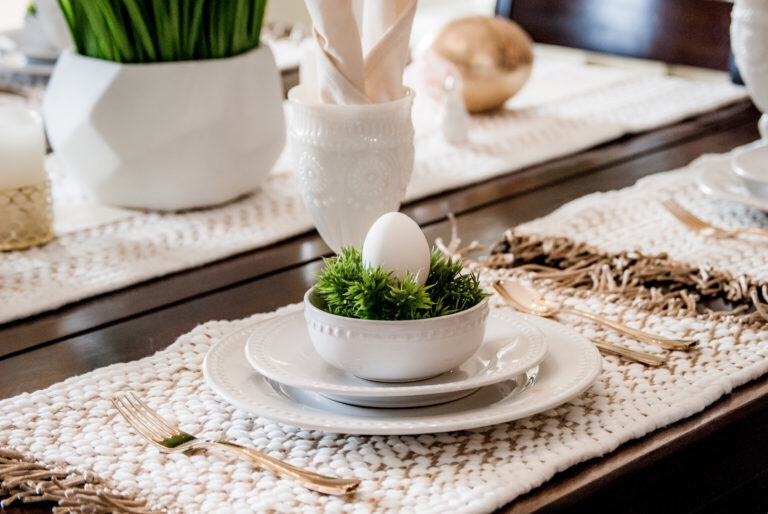Easter Table Setting And Free Table PlaceCards